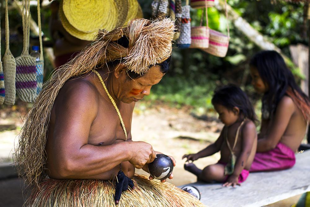 Resultado de imagen para Nativos son los guardianes de la Amazonia