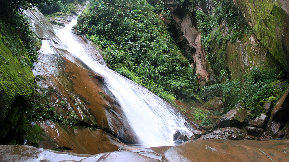a5071a1f1 Catarata Velo de la Novia  la joya de agua de Ucayali – Rumbos de ...
